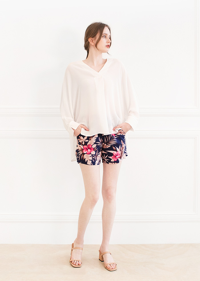 Lala Flower Short Pants