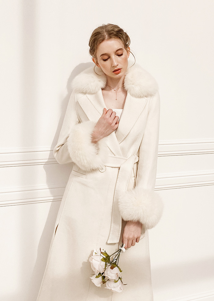 Raccoon Fur Coat (Ivory)