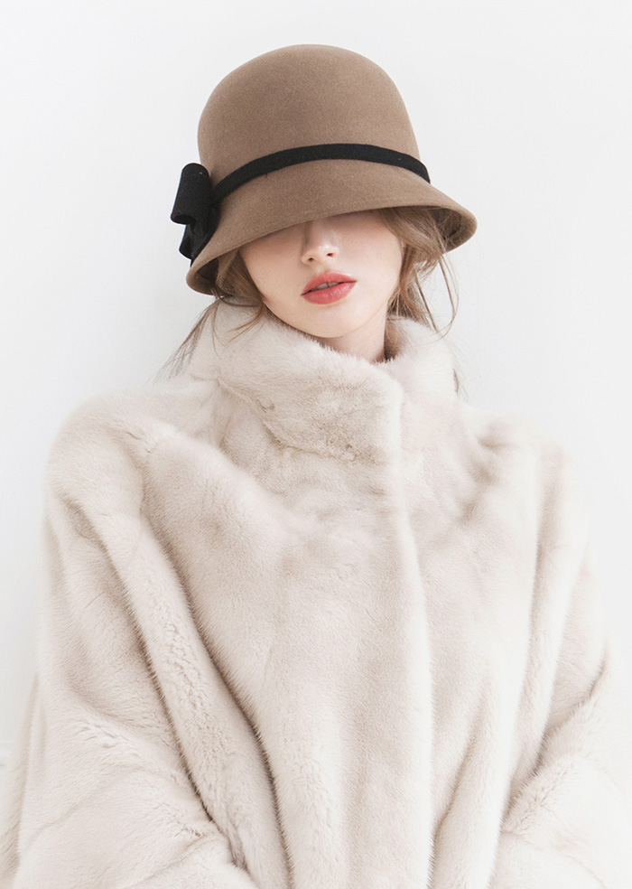 Ribbon Wool Cloche Hat (Beige)