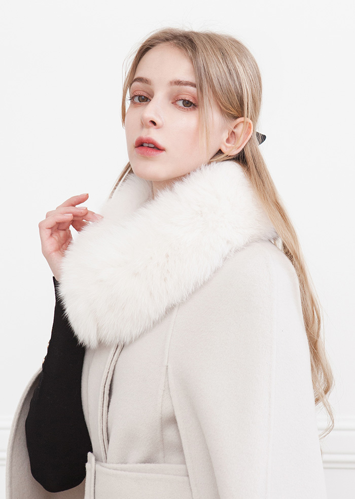 Real Fox Fur Muffler (White)