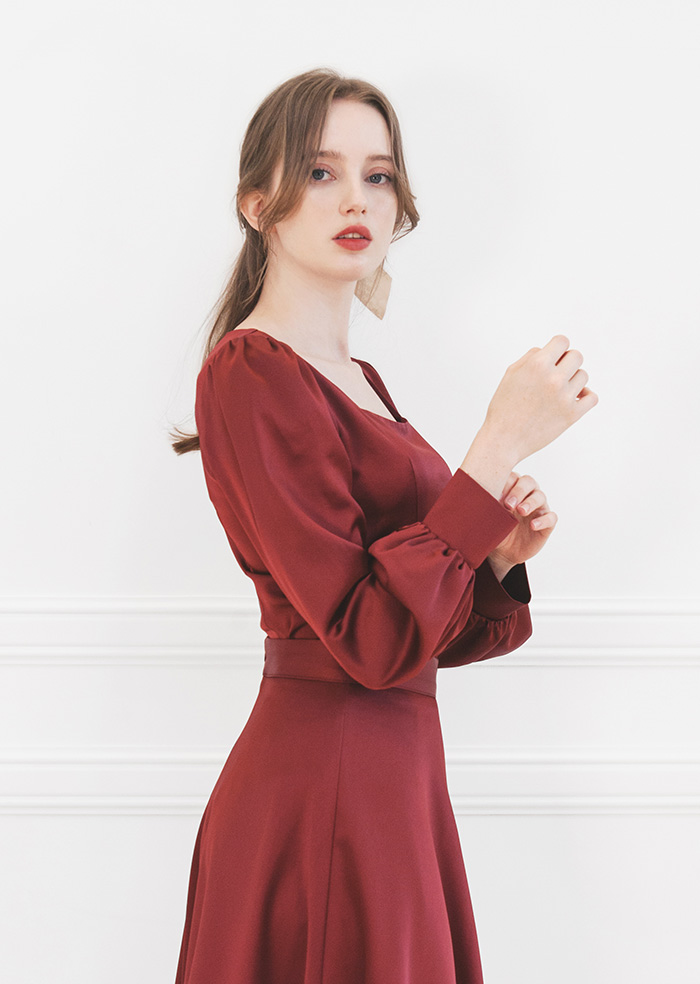 Julia Square-Neck Blouse (Wine)